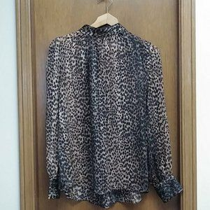 🆕 H&M Sheer Cheetah blouse H&M